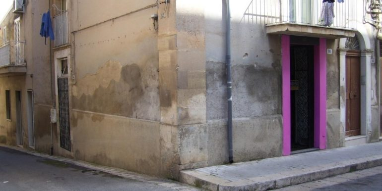 locale_commerciale-in-affitto-a-ragusa