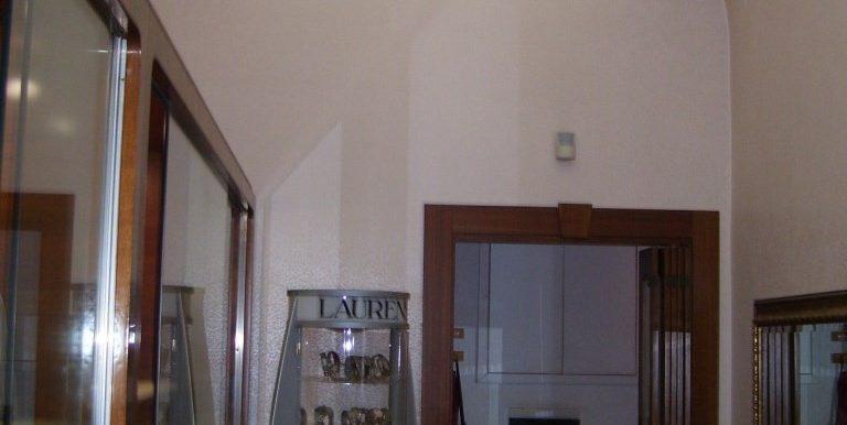 negozio-in-affitto-a-ragusa (1)
