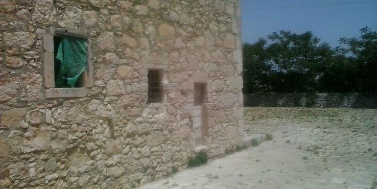 rustico_casale_e_casa_di_corte-in-affitto-a-ragusa (1)