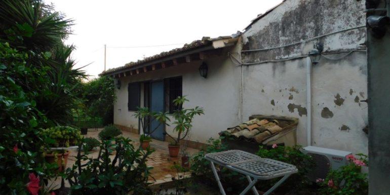 villa_singola-in-vendita-a-santa_croce_camerina (19)