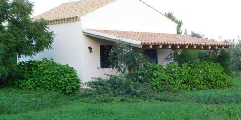villa_singola-in-vendita-a-santa_croce_camerina (35)